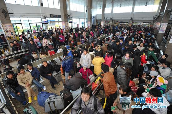 广州至赣州的航班机票也已售罄
